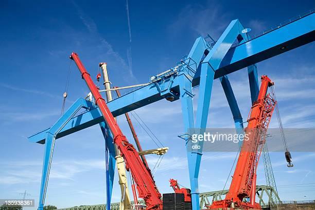 Container-terminal gantry crane-construction site