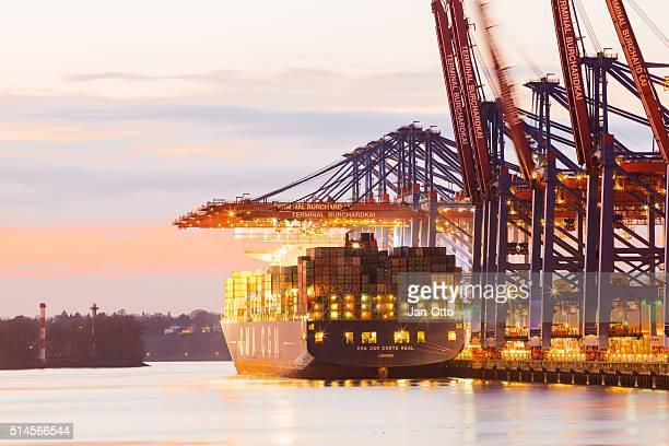 Container-terminal in der Hamburger Hafen.