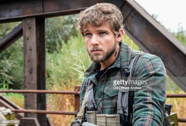 Containment Jason and the SEAL team are sent to intercept the sale of nuclear weapons but the mission goes sideways when they must make the...