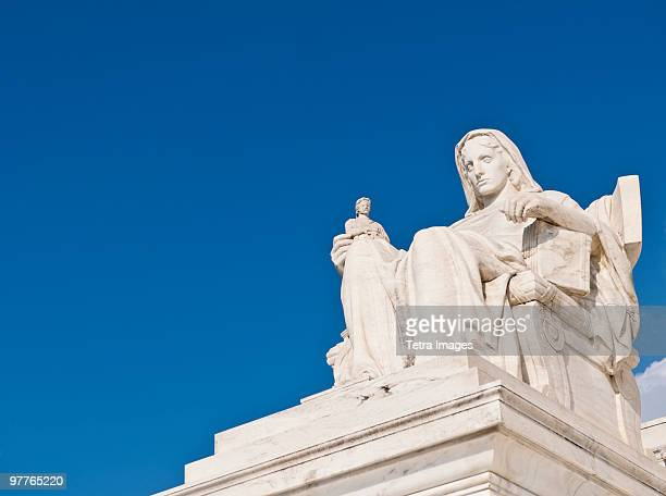 contemplation of justice statue - us supreme court building stock pictures, royalty-free photos & images