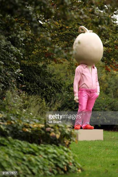 A contemporary art sculpture is on display in the Frieze Art Fair's Sculpture Park in Regents Park on October 14 2009 in London England The annual...