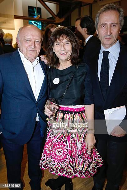 Contemporary Artist Bertrand Lavier Contemporary Artist Sophie Calle and Director of the Centre Pompidou Museum of Modern Art Bernard Blistene attend...