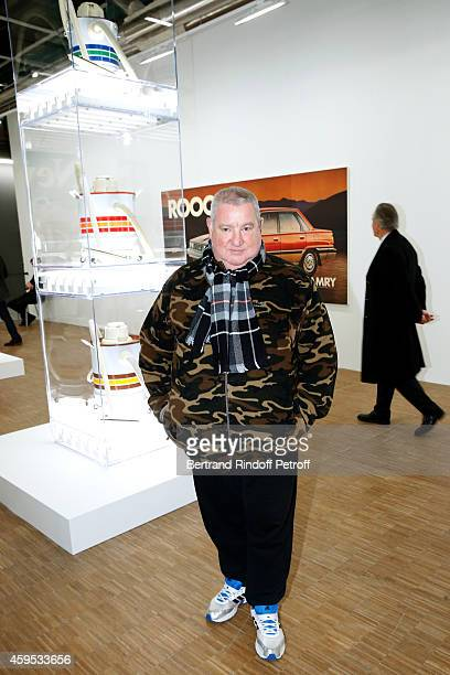 Contemporary Artist Claude Leveque attends the 'Jeff Koons' Retrospective Exhibition Opening Evening at Beaubourg on November 24 2014 in Paris France