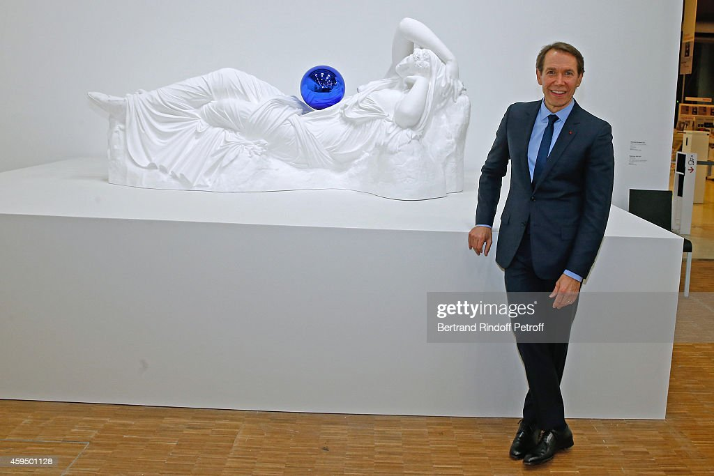 'Jeff Koons' Retrospective Exhibition : Private Visit At Beaubourg In Paris