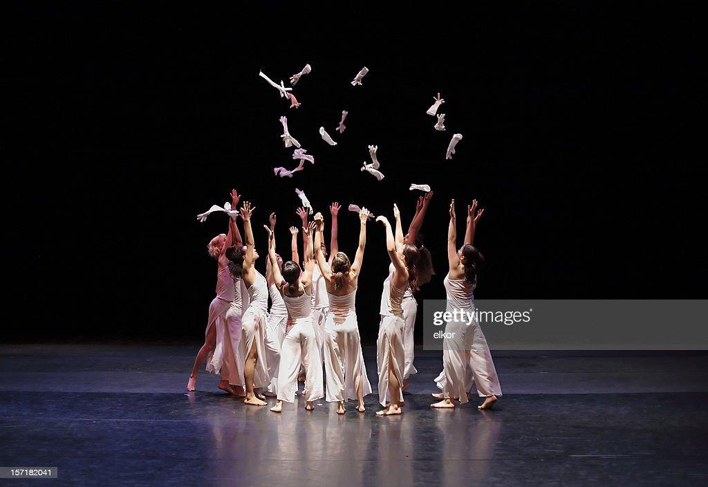 Contemporary dance : Stock Photo
