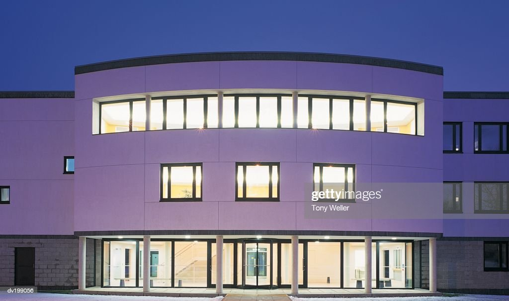 Contemporary office building : Stock Photo