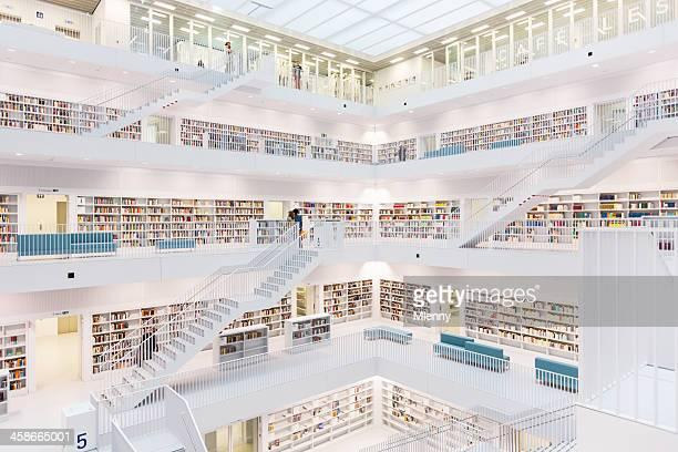 モダンな公共図書館 - シュトゥットガルト ストックフォトと画像