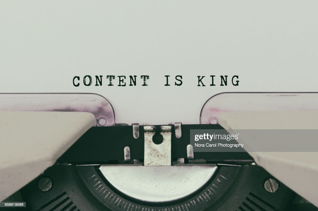 Content is King Text Typed on Vintage Typewriter : Stock-Foto