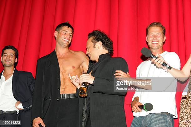 Contest Of The Great Gigolo Michael Teller Rob Schneider And Til Schweiger On In The Germany premiere of Deuce Bigalow European Gigolo In the...