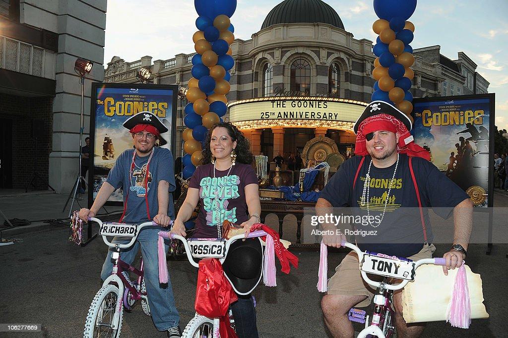 "Warner Bros. ""The Goonies"" 25th Anniversary Celebration : Fotografia de notícias"