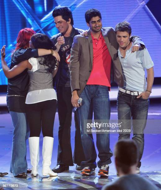 ACCESS*** Contestants Lil Rounds Allison Iraheta Adam Lambert Anoop Desai and Kris Allen live on the American Idol Season 8 Top 7 Elimination Show on...