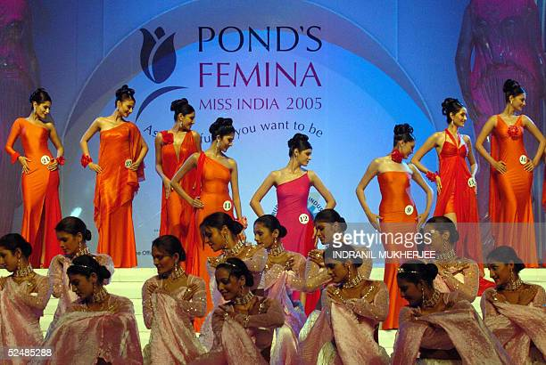 Contestants pose during the Pond's Femina Miss India 2005 finals of the beauty pageant in Bombay 27 March 2005The winners of this year's Pond's...