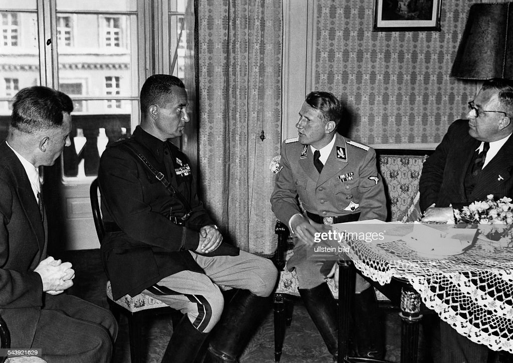 "Conti, Leonardo - Doctor, Germany *24.08.1900-06.10.1945+The ""Reich Health Leader"" (""Reichsgesundheitsführer"") Leonardo Conti in conversation with his Italian guest Dr. Petragnani - 1941- Photographer: Erich EngelVintage property of ullstein bild : News Photo"