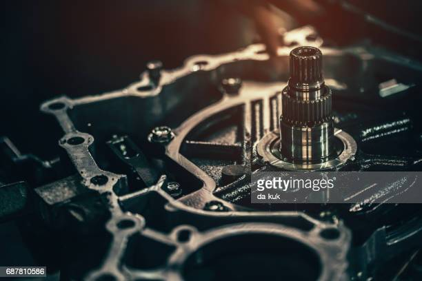 continuously variable transmission metal parts close-up - link chain part stock photos and pictures