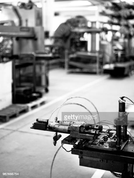 contract bw - grinder sandwich stock pictures, royalty-free photos & images