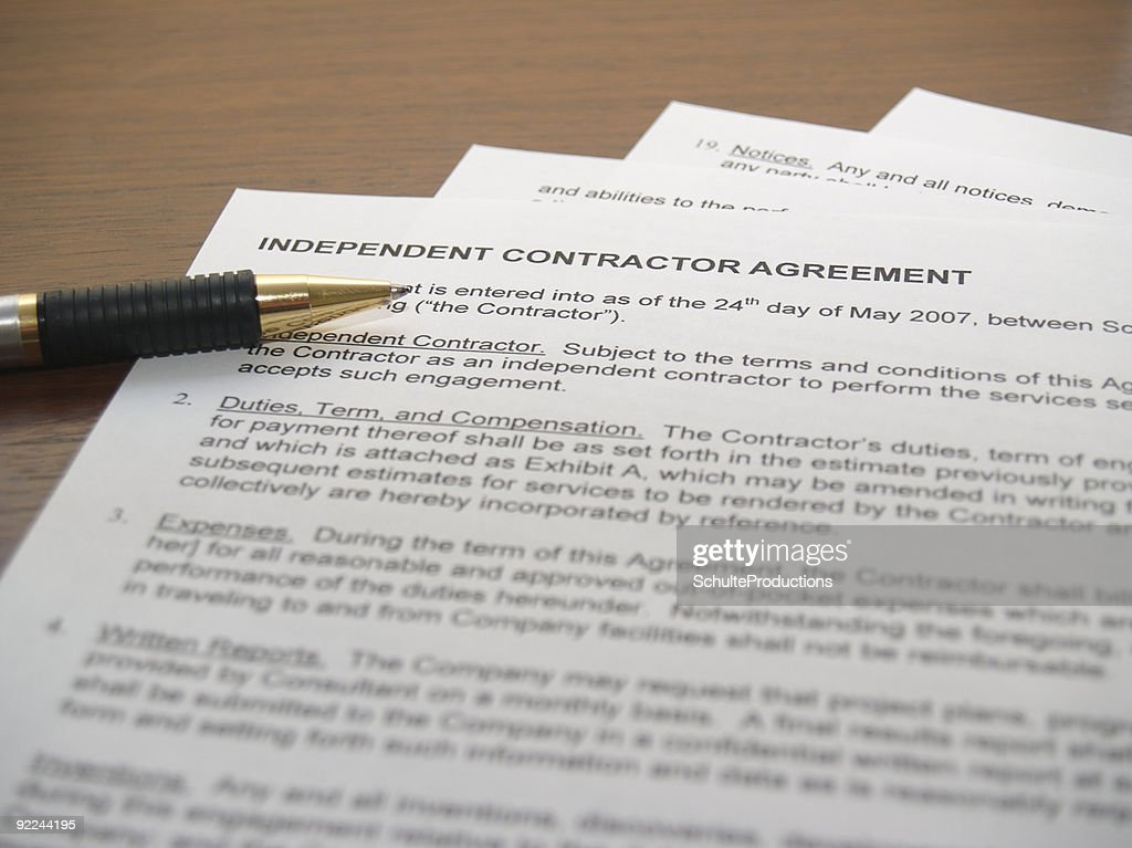 Contracting Papers : Stock Photo