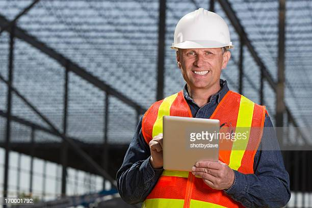 Contractor and Computer