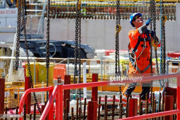 Contractor works on the construction project for Hinkley Point C nuclear power station, operated by Electricite de France SA , near Bridgwater, U.K,...