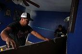 houston tx contractors remove moldy materials