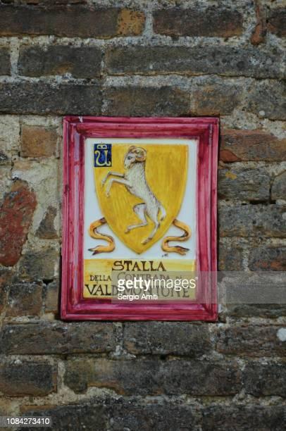 Contrada of Valdimontone (Valley of the ram) symbol
