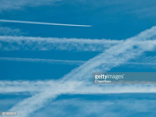 Contrails / Aircraft Vapor Trails