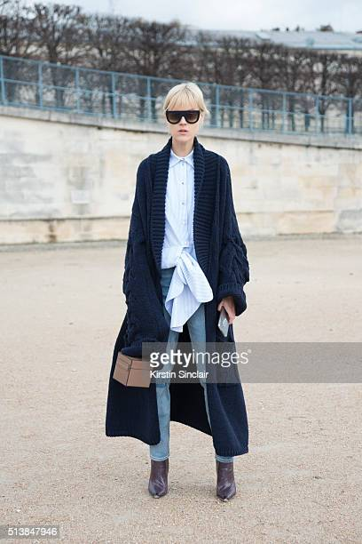 Contributor to Glamour magazine Linda Tol on day 4 during Paris Fashion Week Autumn/Winter 2016/17 on March 4 2016 in Paris France