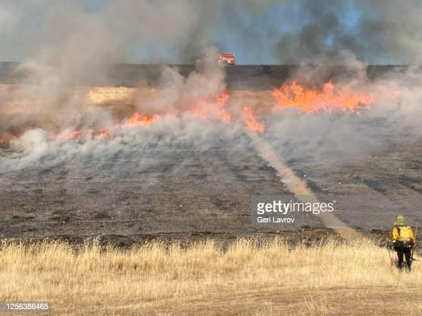 Control fire at Coyote Valley Dam, Mendocino