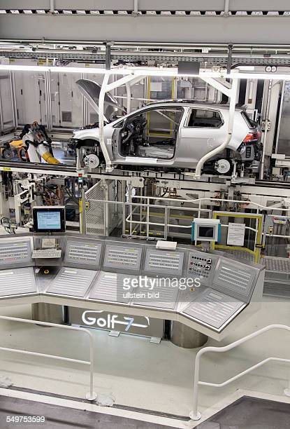 Control station in the production of the Golf 7 by Volkswagen in Wolfsburg Germany Europe