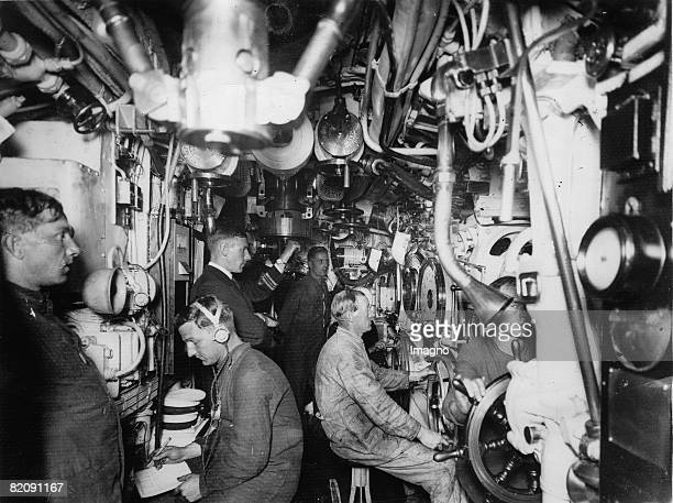 Controll chamber of the submarine L 56 England Photograph Before 1932 [Kontrollraum des Unterseebootes L 56 England Photographie Vor 1932]