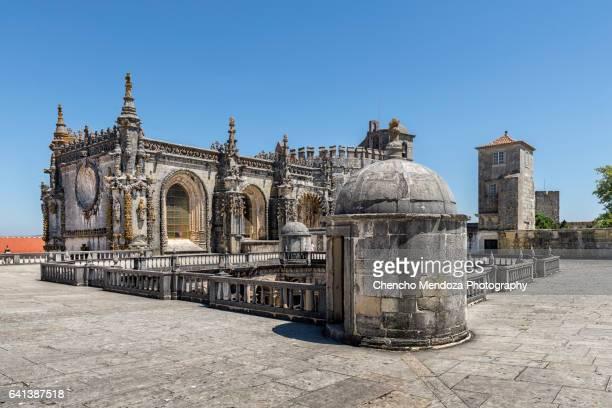 convent of christ (tomar) - estremadura stock-fotos und bilder