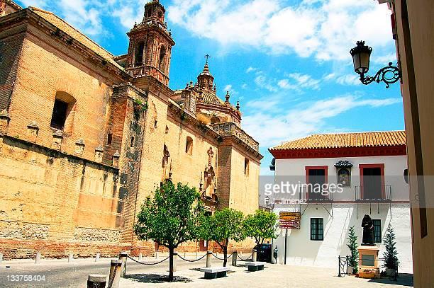 convent of nuns in carmona - carmona fotografías e imágenes de stock