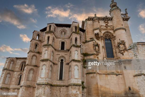 convent of san pablo in peñafiel, valladolid, castile and león, spain - adobe stock pictures, royalty-free photos & images