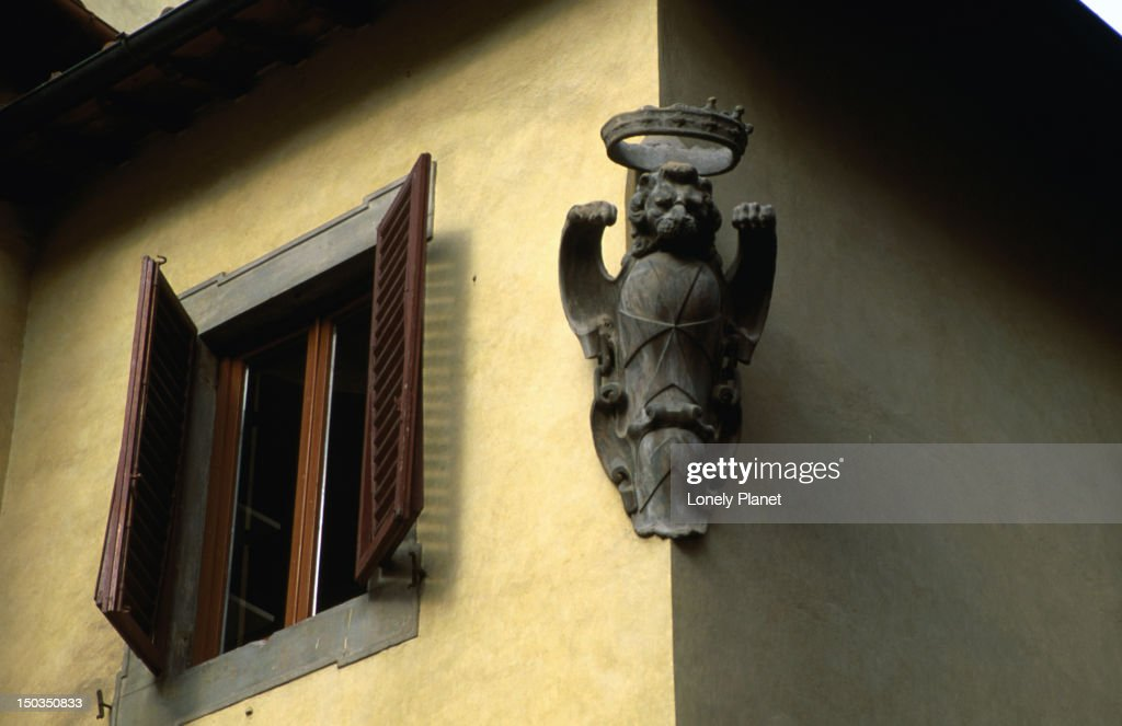 Convent Wall With Lion Symbol Of The Medici Family On Via Faenzaand