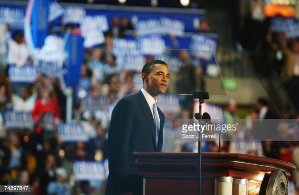 CONVENTIONDemocrat Illinois state Sen Barack Obama prepares to deliver the keynote address during the Democratic National Convention