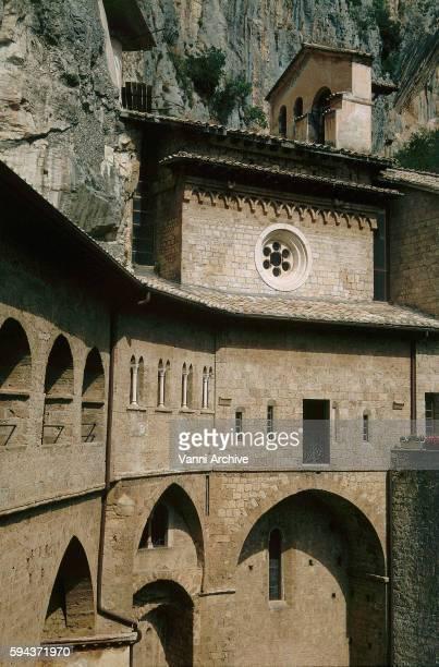 convento di san benedetto in subiaco - benedetto photos et images de collection