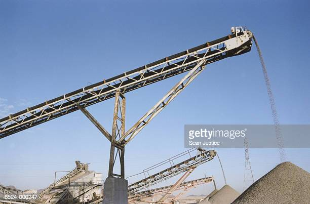 Conveyor Belts and Gravel