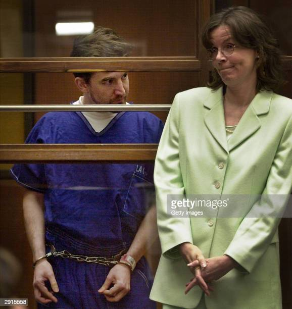 Convicted murderer Kenneth Kimes talks with attorney Regina Laughney during an appearance in Los Angeles Superior Court June 28 2001 Kimes and his...