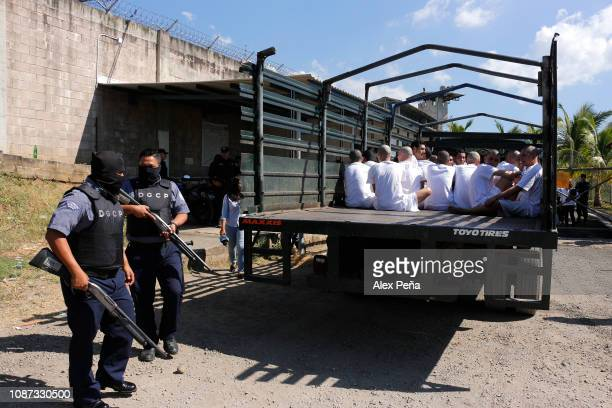 Convicts arrive in the trucks of the Salvadoran Armed Forces during the transfer of prisoners from different provisional detention centers in El...