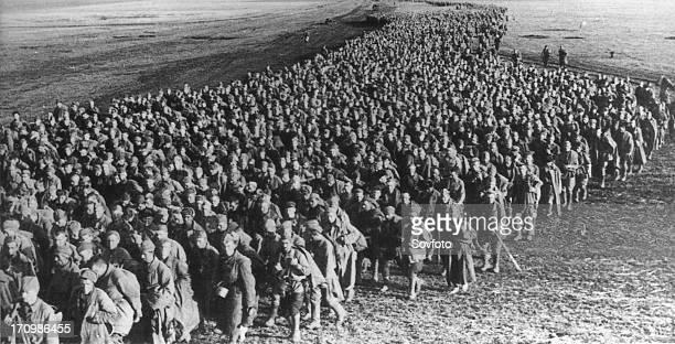 A convoy of soviet pows near kharkov may 1942 world war 2
