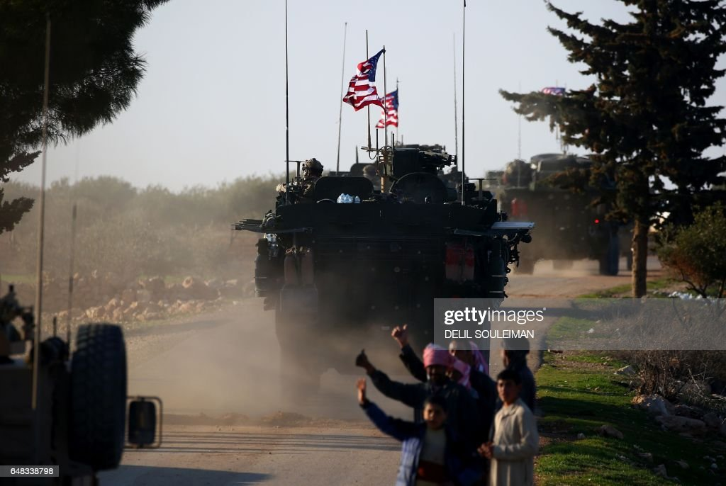TOPSHOT-SYRIA-US-CONFLICT : News Photo