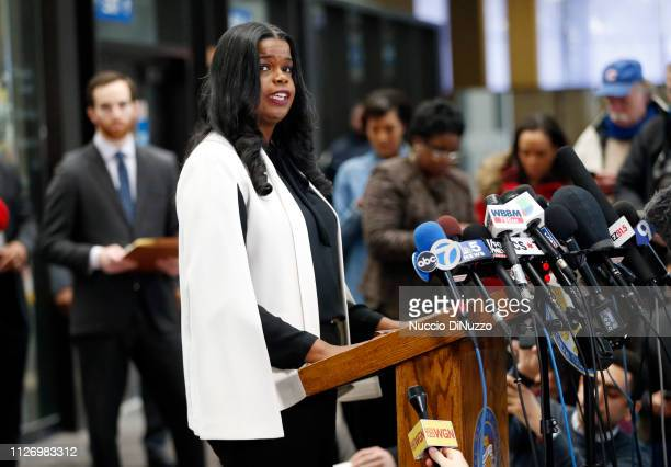 Cook County State's attorney Kim Foxx speaks with reporters and details the charges against R Kelly's first court appearance at the Leighton Criminal...