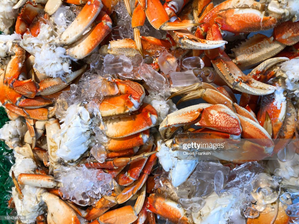 Cooked Crabs For Sale At A Harbor Side Seafood Market In Washington