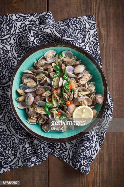 Cooked Flower Clams in Bowl