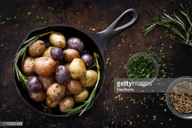 cooked small potatoes - prepared potato stock pictures, royalty-free photos & images