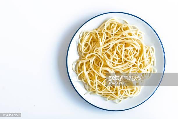 cooked spaghetti - spaghetti stockfoto's en -beelden