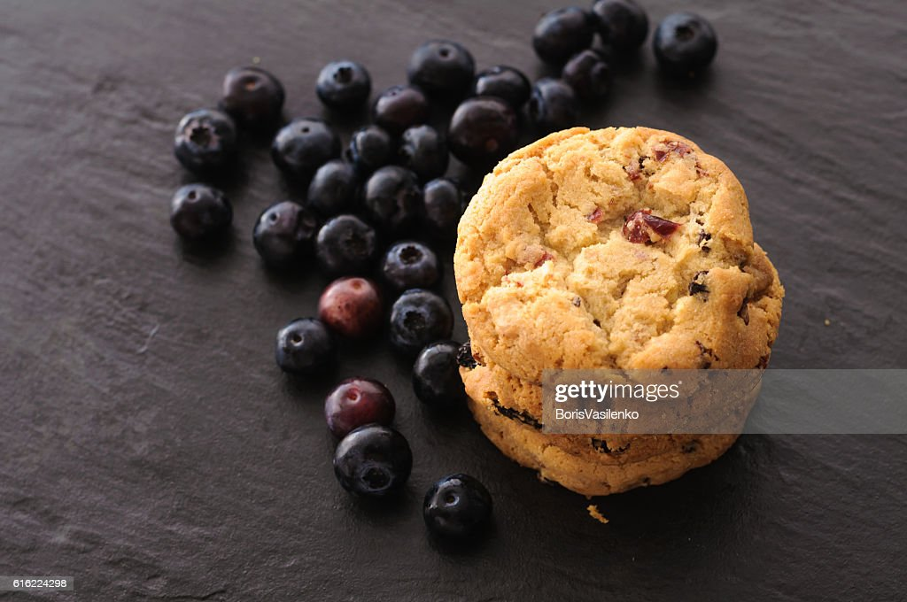 cookies and blueberries : Stock-Foto