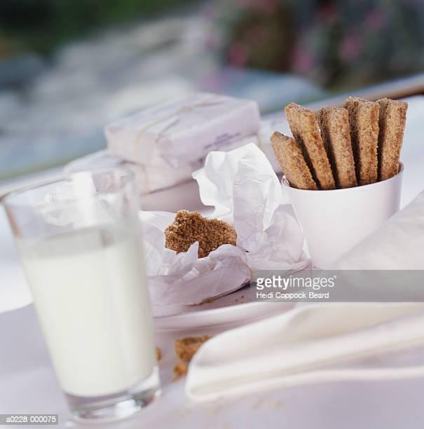 cookies and milk - heidi coppock beard stock-fotos und bilder