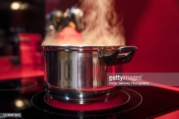 cooking pan - electric stove burner stock pictures, royalty-free photos & images