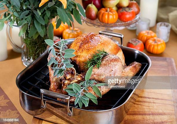 感謝祭用の七面鳥ディナー料理のロースト