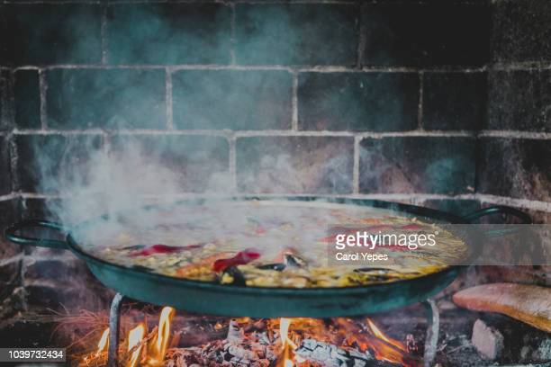 cooking spanish paella